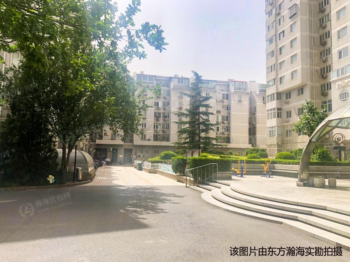 温馨家园3号楼1单元703室(带阁楼)