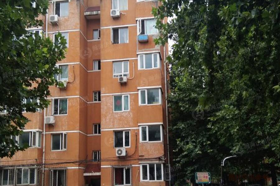 樱花园三区8号楼四单元402室