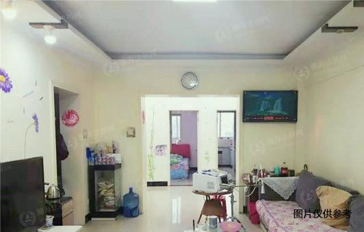 椿榕园9号楼7单元402室