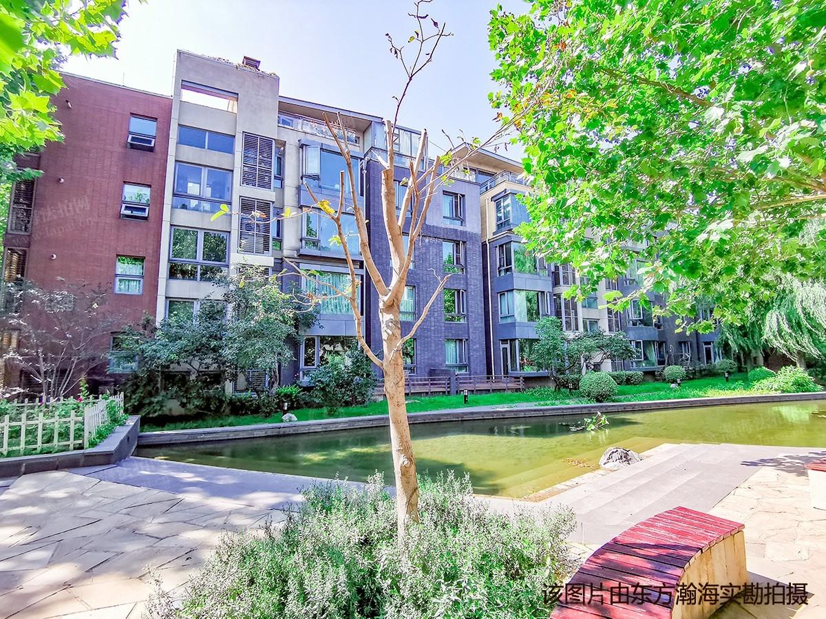 万科西山庭院4号楼(写晴园)1单元102室