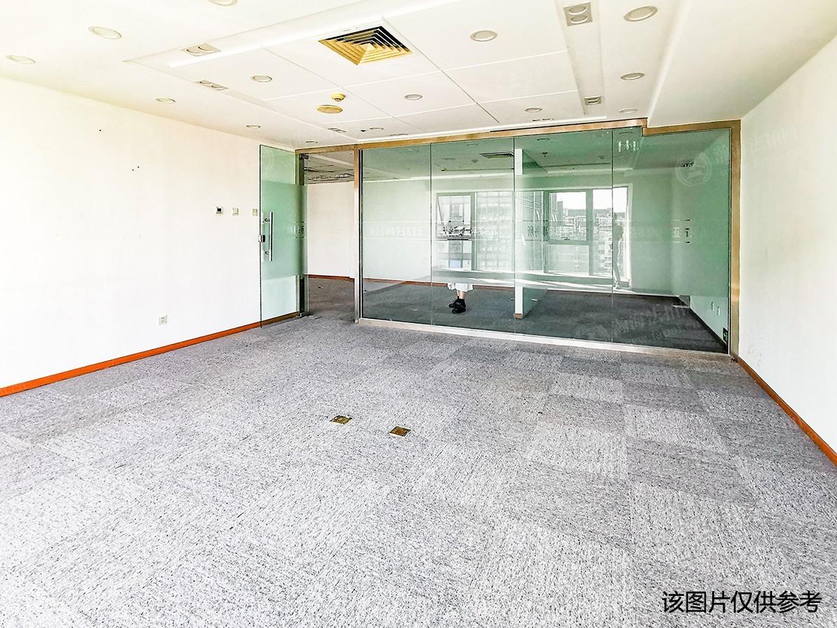 绿地环球文化金融城5号楼3室(复式底商)