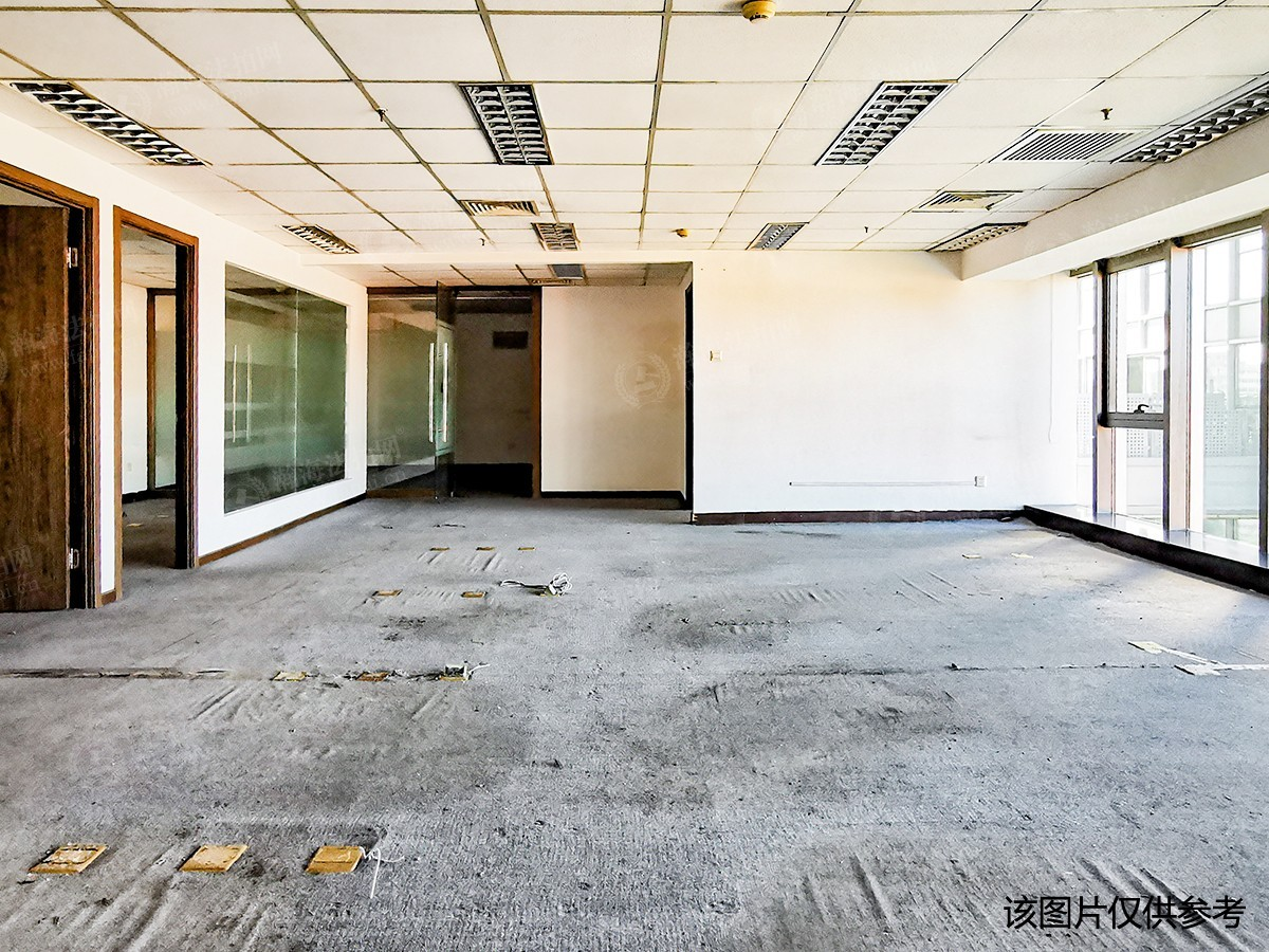 绿地环球文化金融城5号楼2室(复式底商)