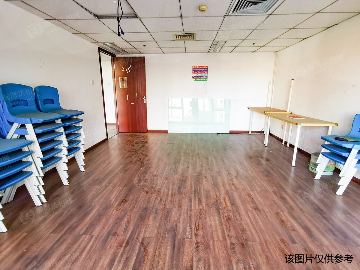 珠江四季悦城17号楼305室(LOFT)