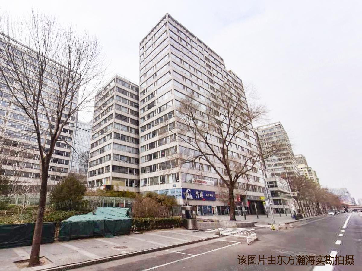 西派国际公寓101+102+201+202+301+302室