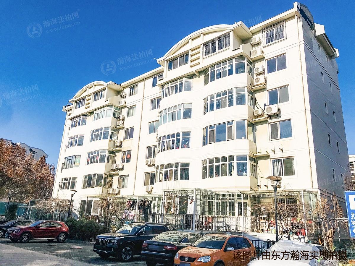 北潞芳家园11号楼5单元601室