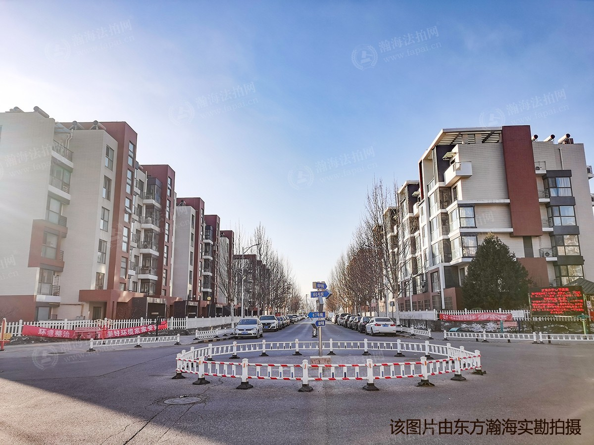 北京风景12号楼1单元702室